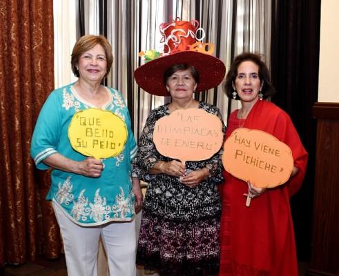 Guadalupe Urquía, Alicia Miriam Carranza y Martha Ivonne Zelaya