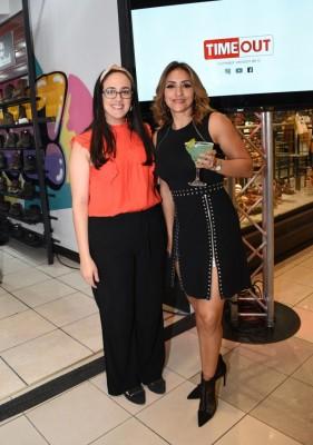 La bella Kendy Cruz con Claudette Kattán en la inauguración de la nueva Tienda Timeout en Mall Multiplaza