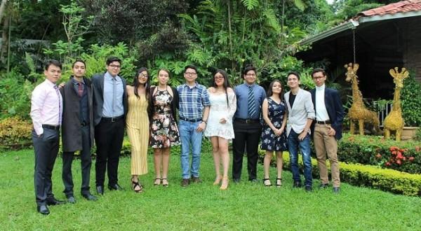 Los seniors 2020 de la Albert Einstein International School