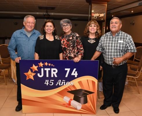 Mario Mencía, Nora Henríquez, Irma Fasquelle, Miriam Vásquez y Bernardo Núñez