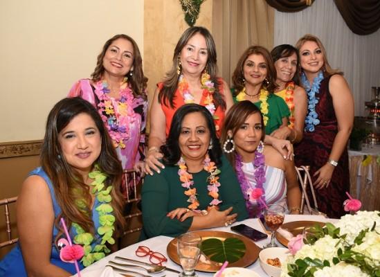 Reina Durán, Maritza Cardona, Fanny Machado, Bivia Torres, Mercedes Espinoza, Criolmis Coto, Jenny Alvarado y Jennifer Zúniga