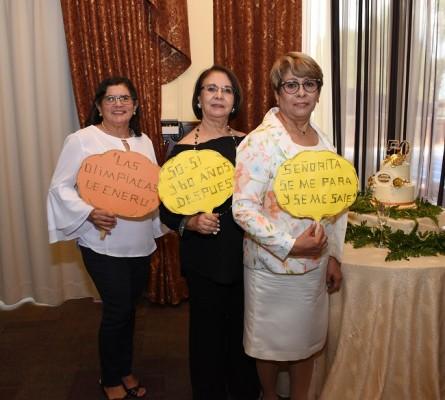 Silvia Fajardo de Joya, Danelia Soto y María del Carmen Irías
