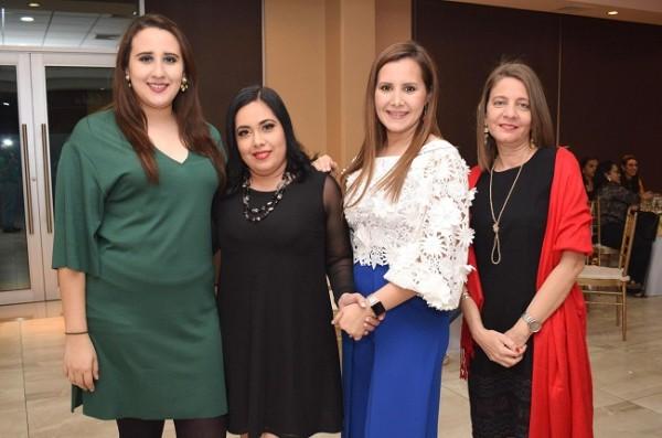 Tahi Carbajal, Gladys Silva, Diana de Avila y Karla Caraccioli.
