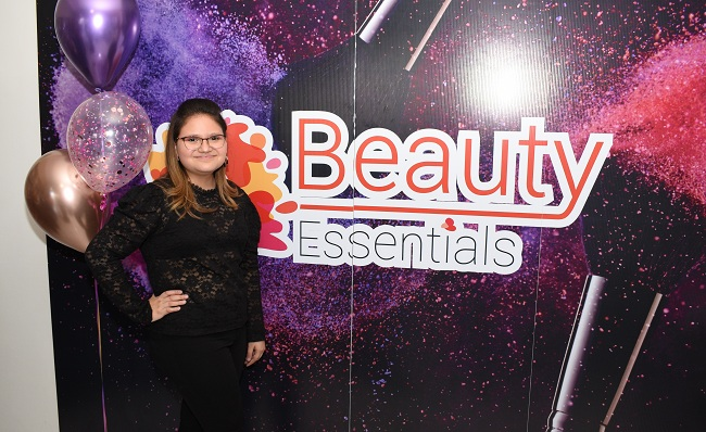 De las redes sociales al grand opening de Beauty Essentials