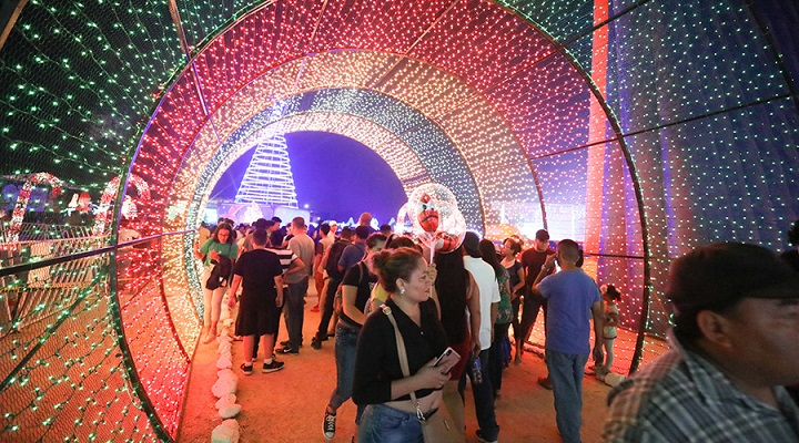 Navidad Catracha: Miles de sampedranos disfrutan maravillosa Villa Navideña