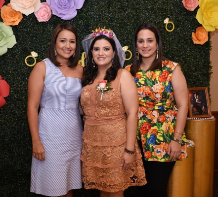 Ana Cecilia Pascua, Eva Priscila Camacho Varela y Vanesa Figueroa