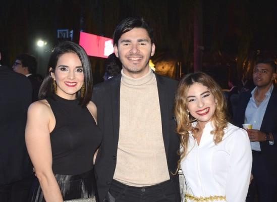 Arleth Portillo, Ricardo Vall e Isa Paz.