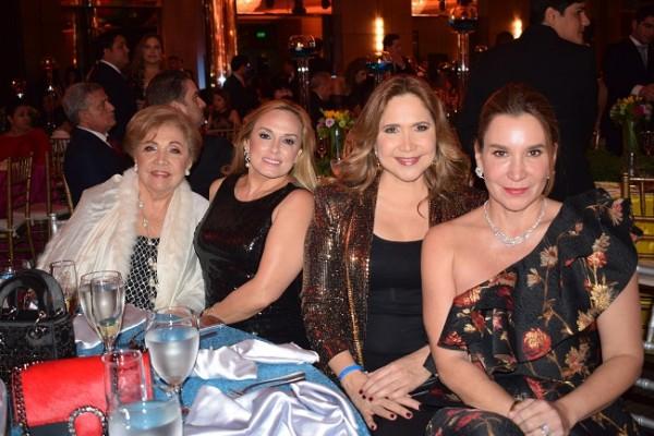 Bricelba Santos, Carolina de Kafati, Androlla Mitri y Judith Vitanza.