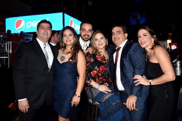 Carlos Bendeck, Tatiana Bendeck, Estefany e Ibrahim Musleh, Terense y Yamalat Fuschich.