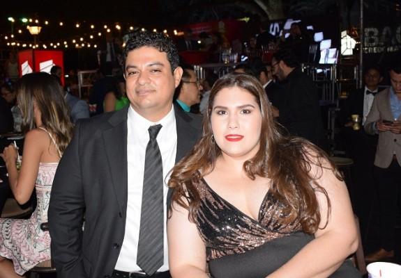 Carlos Delgado y Melanie Segurado