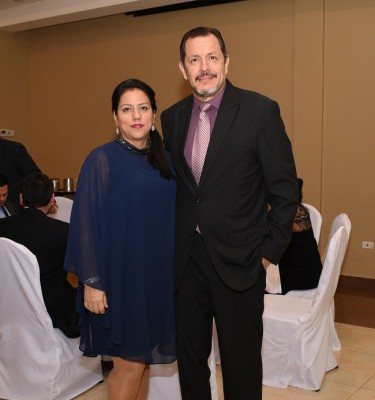 Carmen Zuniga y Aldo Zavala