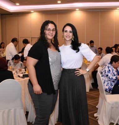 Carolina Fattaleh y Ana Fattaleh.