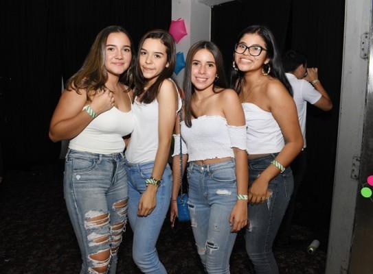 Casandra Flores, Celeste Sandoval, Sofía Flores y Joselyn Mejía