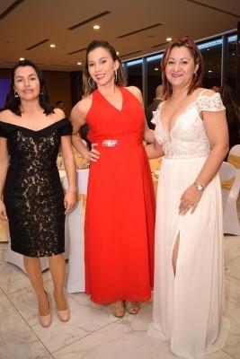 Celia Rivera, Farah de Maltez y Nora Ibarra.