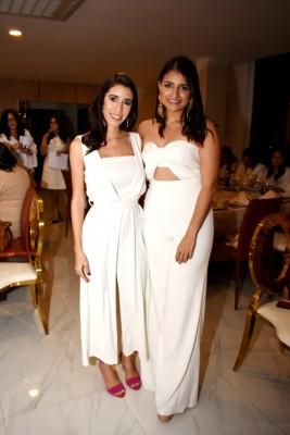 Danaee Collins y Andrea Palacios
