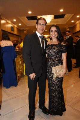 Daniela Castro Dunaway y su esposo, Victor Hernández