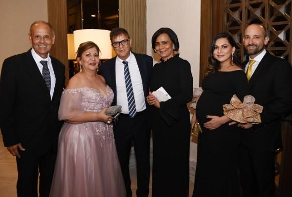 Edgardo Reynaud, Lizette Reynaud, Jorge y Zoila Rodríguez, Andrea y Gabriel Icaza