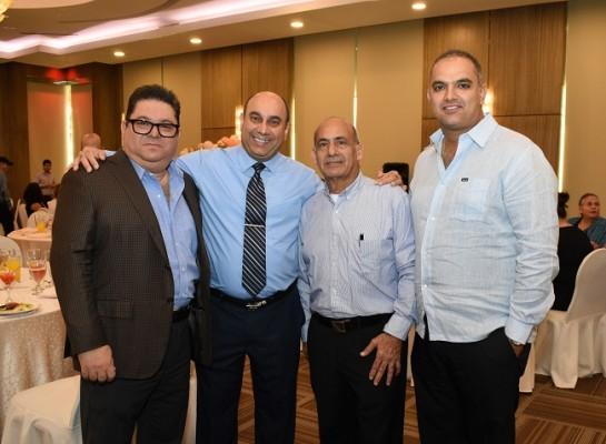 Ernesto Pumpo, Antonio Jaar, Atala Jaar y Musa Kawar.