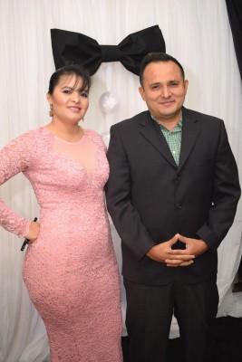 Esmeralda Urquía y Carlos Barahona.