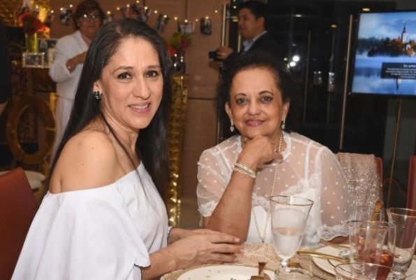 Eyby Cárdenas y Sandra García