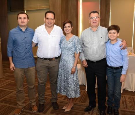 Familia Martínez-Fernández.