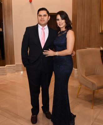 Frank y Cynthia de Ramírez
