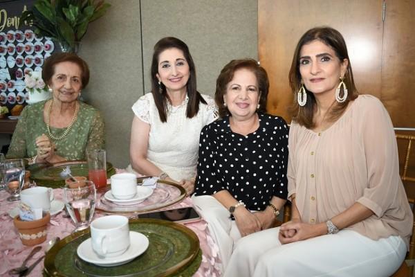 Georgette Sikaffy, Neda Canahuati, Ivonne Andonie y Lorena Hepburn