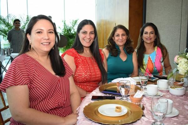 Gina Daccarett, Karen de Palma, Odette Daccarett y Tatiana de Bendeck