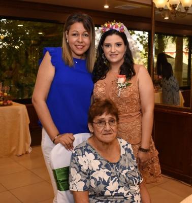 Gracia Aguilar, Eva Priscila Camacho Varela y Marina Pineda