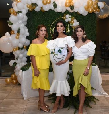 Ina Puerto, Michelle y Andrea Zelaya