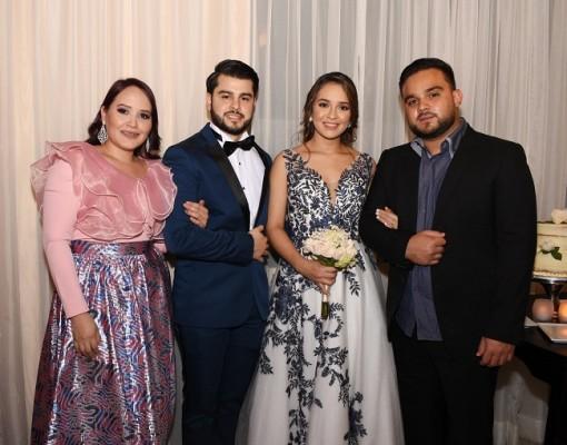 Jeimy Amaya, Román Arturo Tabora López, Nicole Alejandra Castro González y su hermano, Jan Carlo Castro.