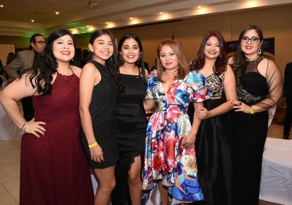 Marcela Chinchilla, Leslie Coello, Aimee Domínguez, Isabel Herrera, Emilia Naseer y Dafne Ramos
