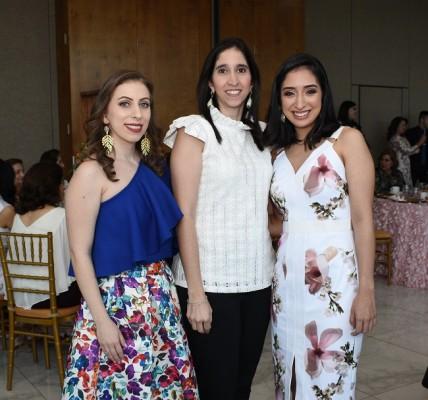 Mira Bandack de Canahuati, Carolina Canahuati y Alejandra Chinchilla