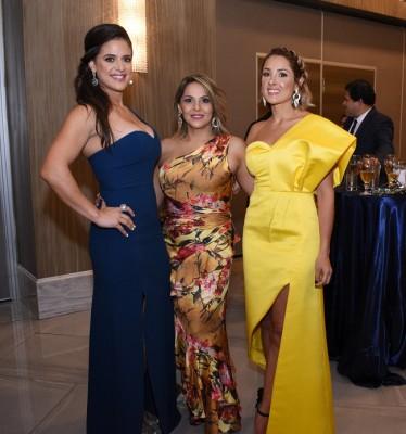 Nicole Medina, Raquel Vallecillo y Tatiana Pinto
