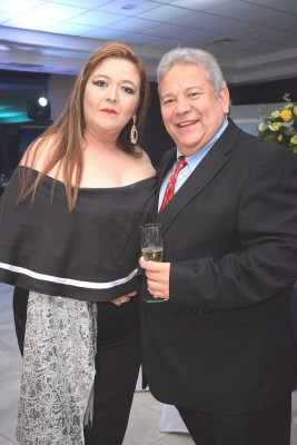 Nidia y Óscar Villegas.
