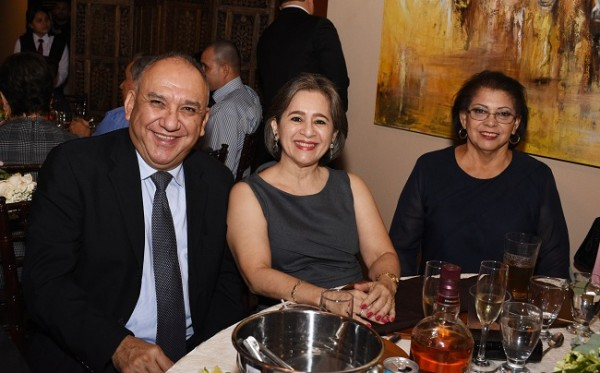 Rafael Ramón Rodríguez, Geraldina Fernández y Gloria Núñez