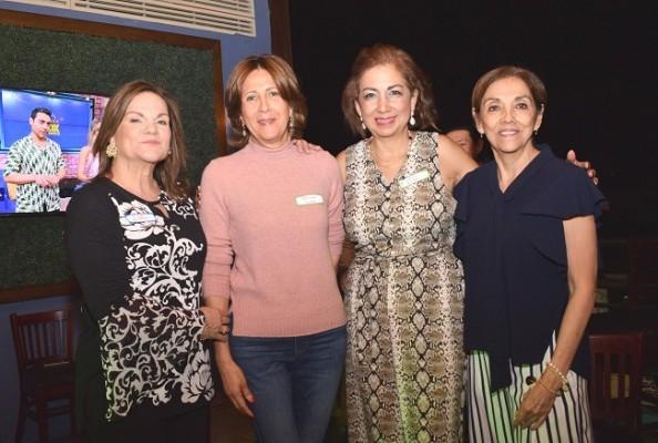 Rita Wilson, Patricia Larach, Lorena Ramos y Leyly Funes.