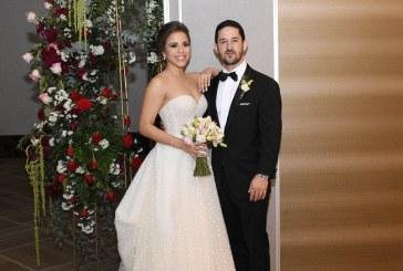 La gran noche de Sandra y Lisandro ¡fascinante y romántica!
