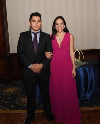 Sofía Villacorta y Daniel Reyes
