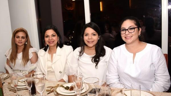 Suellen Vilchez, Cynthia Ávila, Danna Ávila y Lilian García