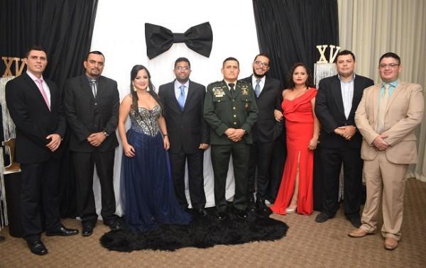 Todos compartieron una linda velada junto al Mayor Alex Cortés Ramírez, el invitado especial de la noche.