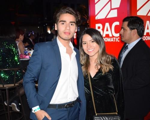 Víctor Giacomán y Mariel Viela.
