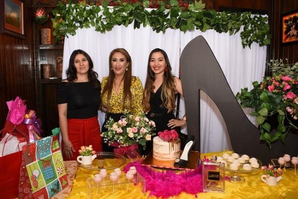 Yamileth Ardón, Dina Toditos de Morales y Kenia Mancía