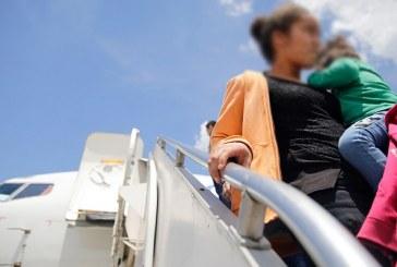 Guatemala continúa recibiendo hondureños que solicitan asilo en los Estados Unidos
