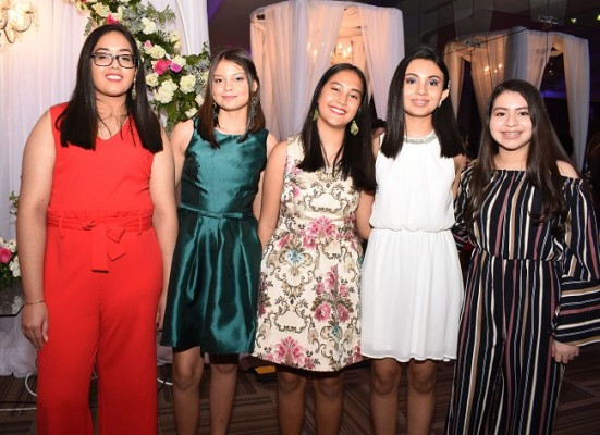 Ana Maldonado, Angie Madrid, Criscia Rivera, María Gabriela Zavala y Julissa Rodríguez