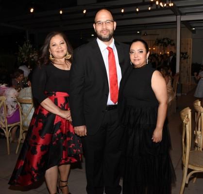 Blanca Lardizábal, Adolfo Hernández y Ada Renee Castellanos