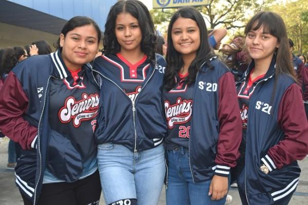 Cesia Romero, Alessandra Valeria, Estefanía Murillo y Génesis Martínez.