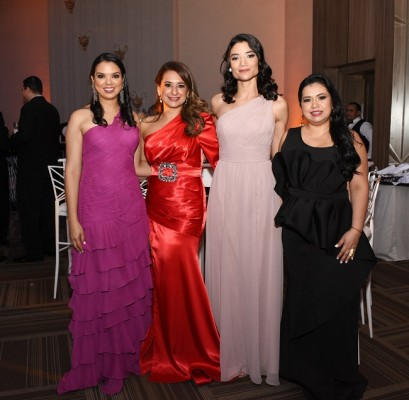 Claudia Velásquez, Claudia Aguilar, Sofía Cerón y Mariela Umaña