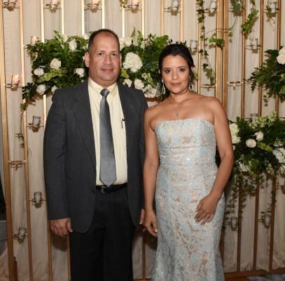 Como testigos de boda eligieron a Juan Carlos Iglesias y Sonia Flores