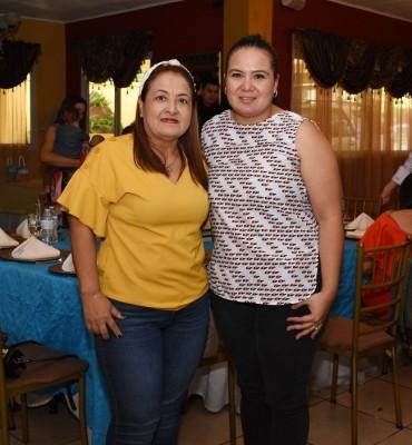 Esther Hernández y Follyn Vargas